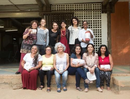 Visita da estilista Mariana Jungmann nas Mães da OCA